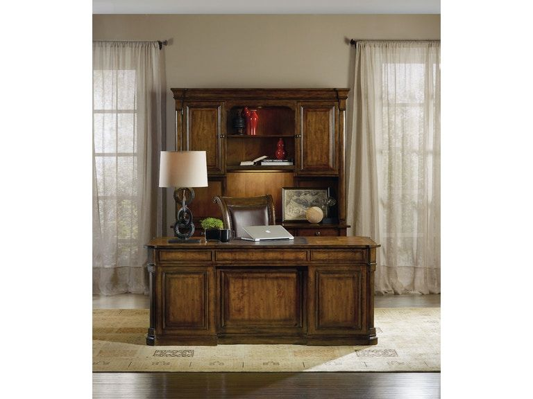 <img src=&quot;home office&quot; alt=&quot;home office with rustic design elements including a credenza hutch and other wooden elements.&quot;>
